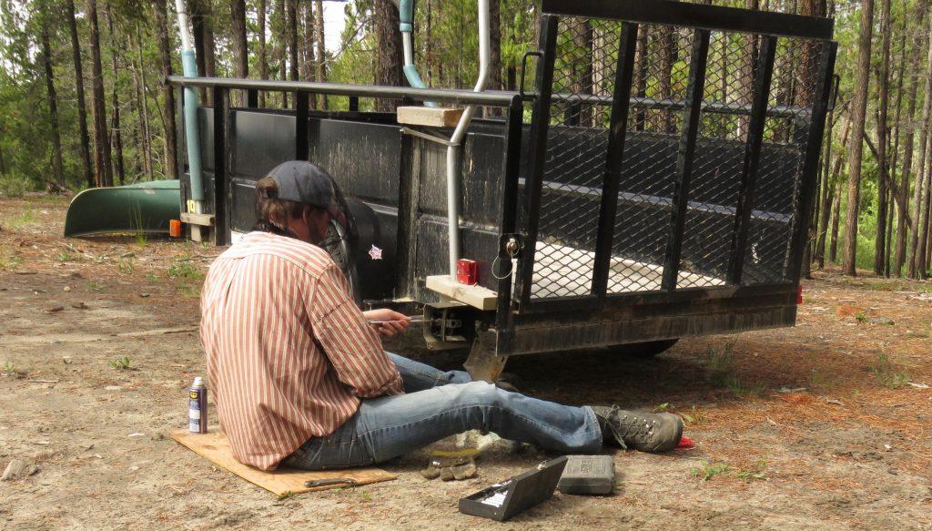 fixing trailer